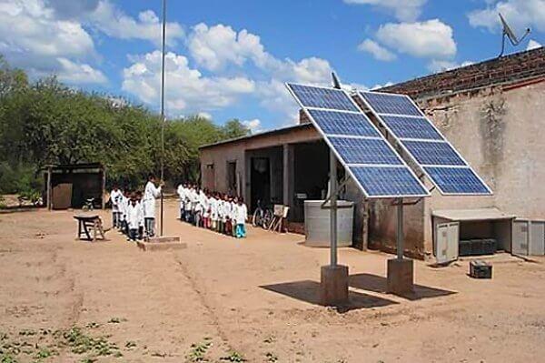Paneles-Fotovoltaicos-para-Escuelas-Rurales